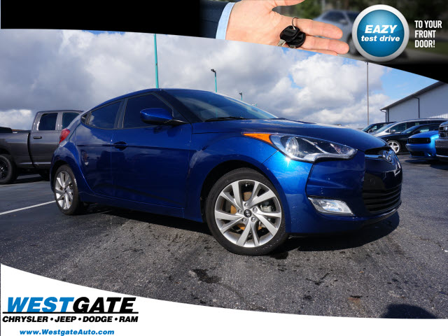Pre Owned 2017 Hyundai Veloster Value Edition 3d Hatchback In